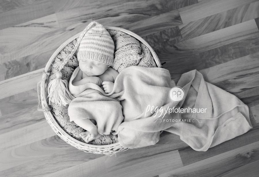 zauberhafte Babyfotos, klitzeklein, Babyfotos, Babyfotografie Bamberg, Babyfotografin Bamberg