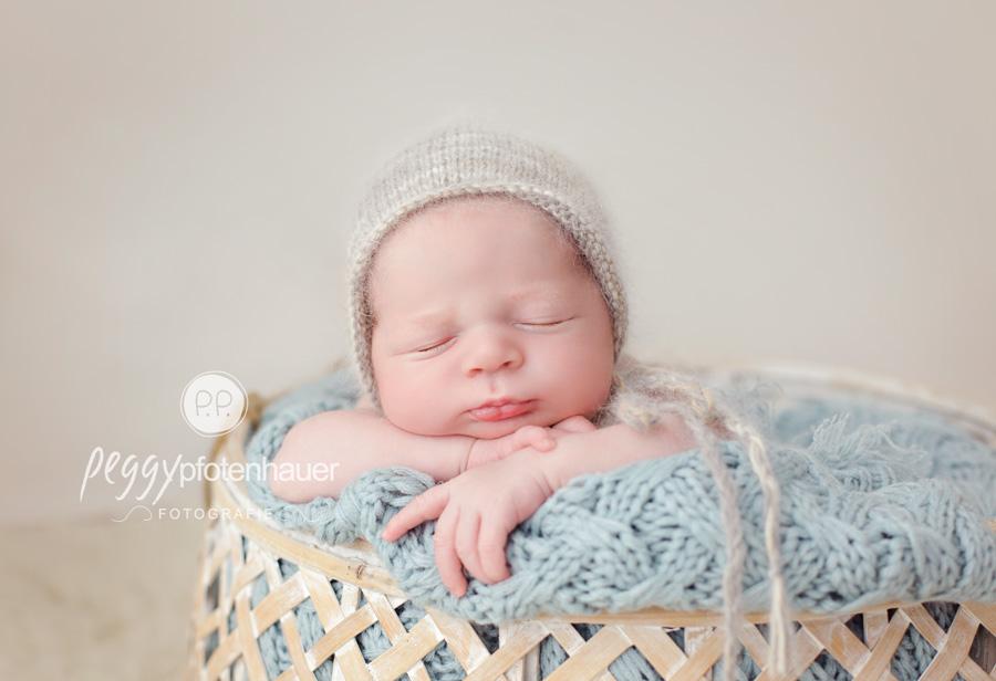 Babyfotograf Bamberg, Babyfotograf Bayreuth, Babyfotograf Haßfurt, Babybilder Oberfranken, neugeboren in Franken