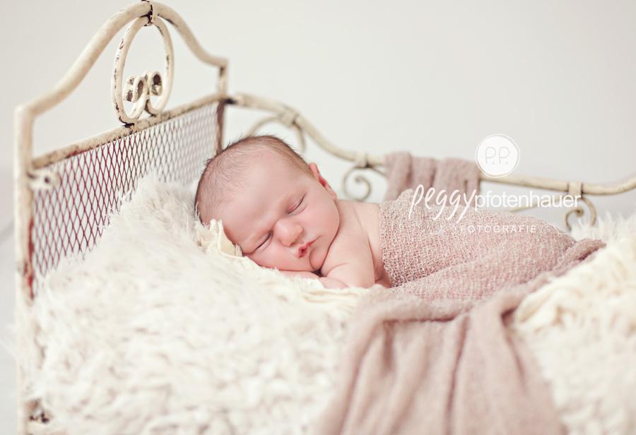 Babyfotos Bayreuth, Babyfotograf Bayreuth, Babybilder Bayreuth, Babyfotografie Bayreuth