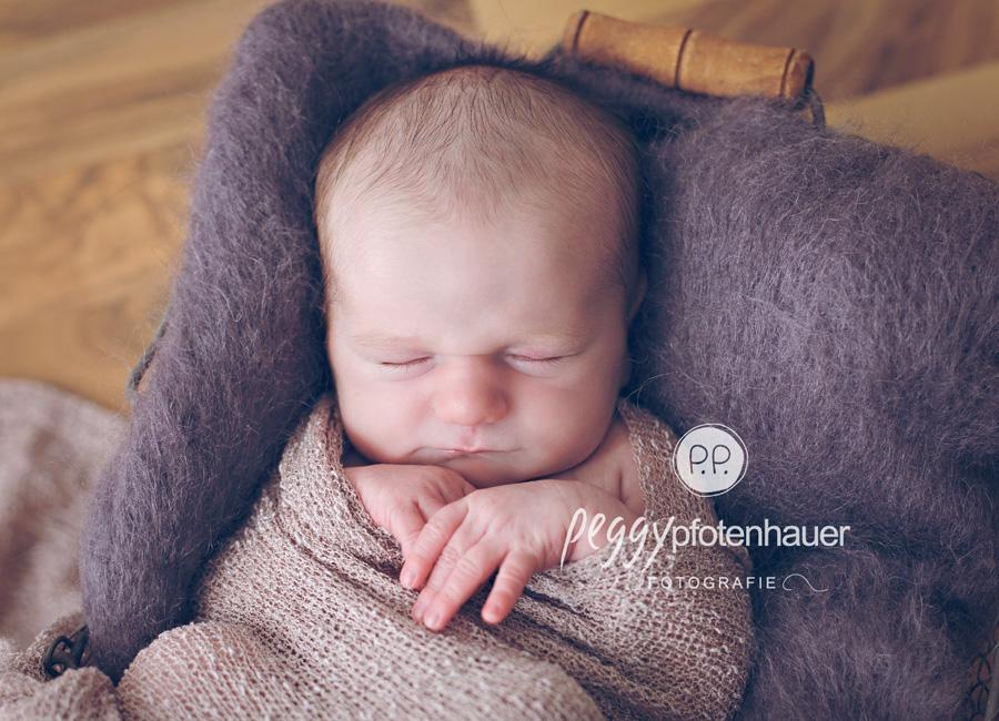Babyfotos Erlangen, Babyfotograf Erlangen, Babyfotografie Erlangen, Babybilder Erlangen, Babyfotografie Erlangen