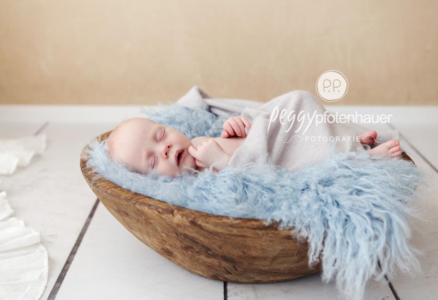 Babyfotos Bamberg, Fotograf Bamberg, Fotograf Bayreuth, Fotograf Erlangen, Fotograf Coburg, süße Neugeborenenfotos