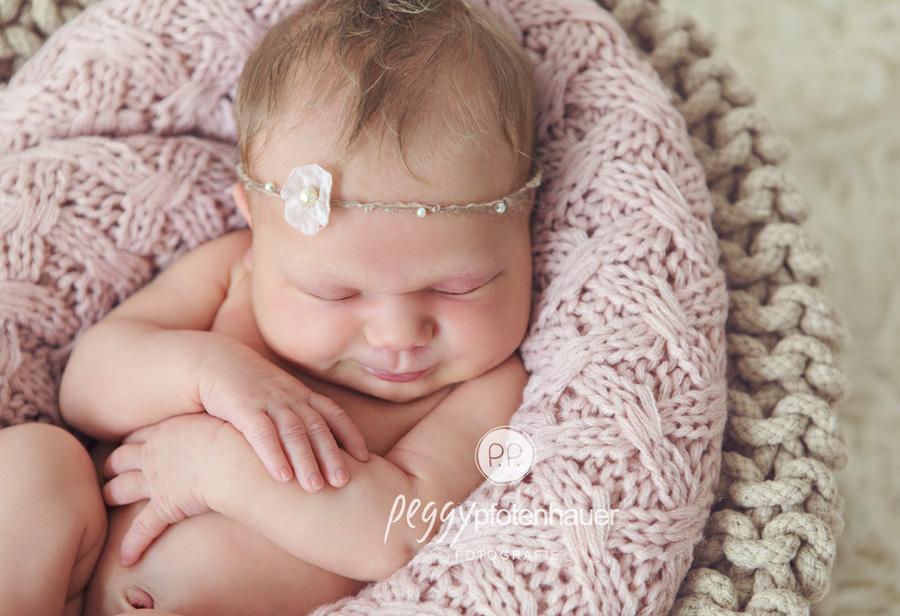 Babyfotos Franken, Babyfotos Oberfranken, Babyfotograf Franken, Babyfotograf Bayern, Babyfotos Bayern, Babyfotograf Oberfranken