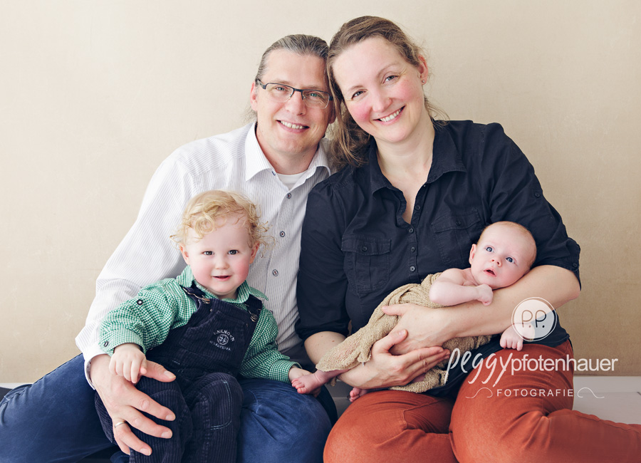 Neugeborenenfotos Bamberg, Neugeborenenfotos Coburg, Neugeborenenfotos Schweinfurt, Babyfotos Bamberg, Babyfotograf Coburg, Babyfotograf Erlangen
