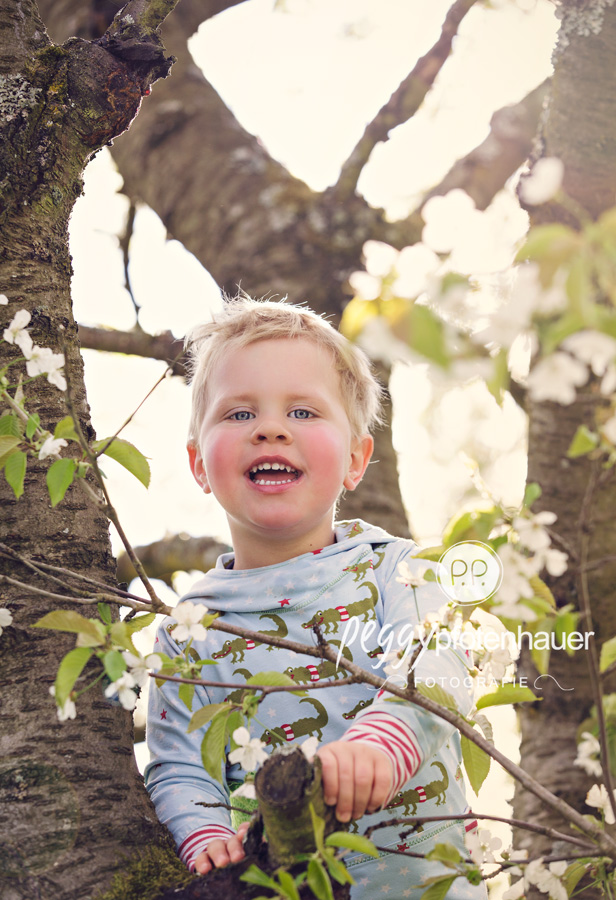 natürliche Kinderbilder Bamberg, natürliche Kinderbilder Erlangen, natürliche Kinderbilder Bayreuth, Kinderfotos in der Natur