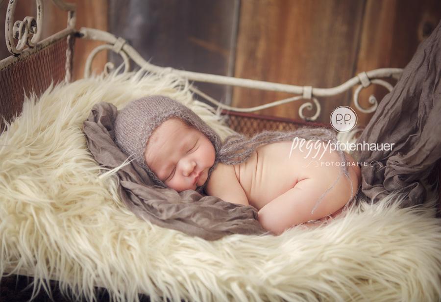 Babyfotograf Bamberg, Babyfotos Bamberg, Neugeborenenfotos Bamberg, Neugeborenenfotos Bayreuth, süße Neugeborenenfotos Bayreuth