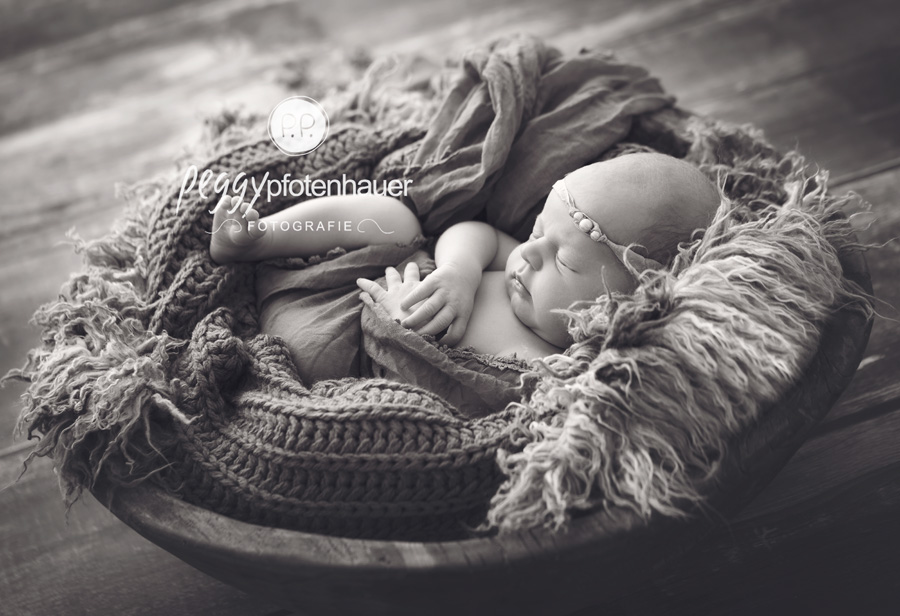 Babyfotografie Erlangen, Babyfotostudio Erlangen, Fotograf Erlangen, Babyfotograf Erlangen, Babyfotograf Coburg