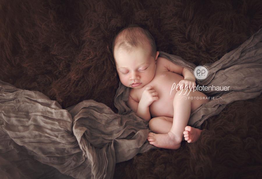 natürliche Babyfotos Bamberg, natürliche Babyfotos Coburg, natürliche Babyfotos Bayreuth, natürliche Babyfotografie Erlangen