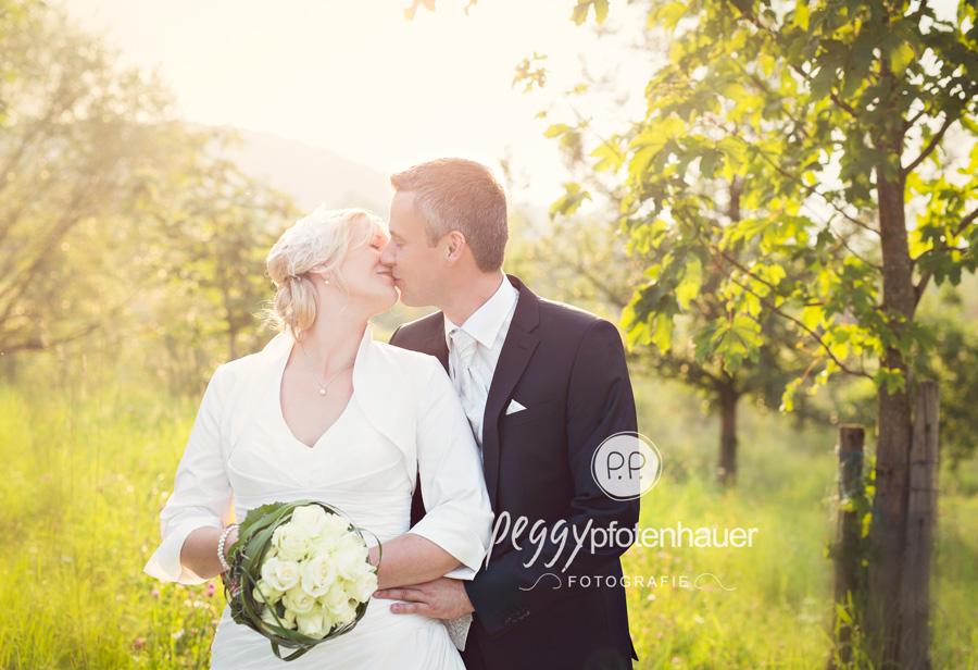 Hochzeitsfotos Coburg, Hochzeitsfotograf Haßfurt, natürliche Hochzeitsportraits Bamberg, Hochzeitsportraits