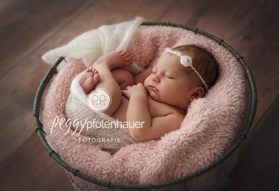 Babyfotograf Bamberg, Babyfotos Bamberg, Neugeborenenfotos Bamberg, Neugeoborenenfotos Erlangen, Babybilder Erlangen