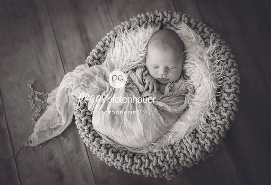 Babyfotograf Bamberg, Neugeborenenfotos Coburg, Neugeborenenfotograf Bamberg, Babybilder Bayreuth
