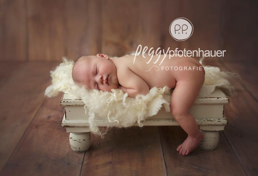 Babyfotos Bayreuth, Neugeborenenfotos Bamberg, Neugeborenenbilder Coburg, Babyfotograf Bamberg