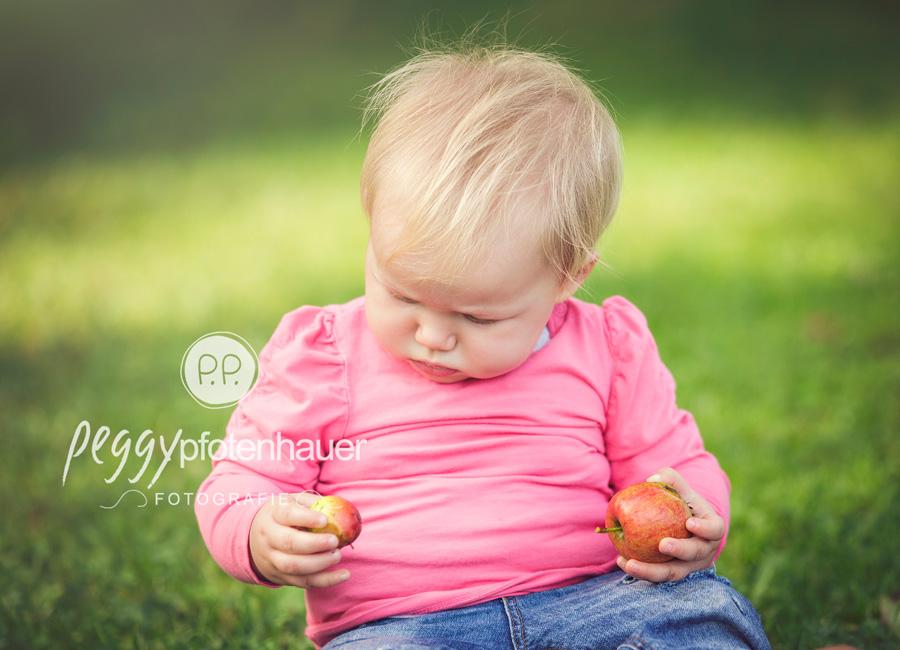 Babyfotos Coburg, Kinderfotos Haßfurt, natürliche Kinderfotografie