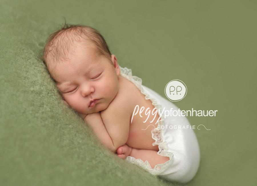 Babyfotos Erlangen, Babyfotograf Erlangen, Babyfotografie Erlangen