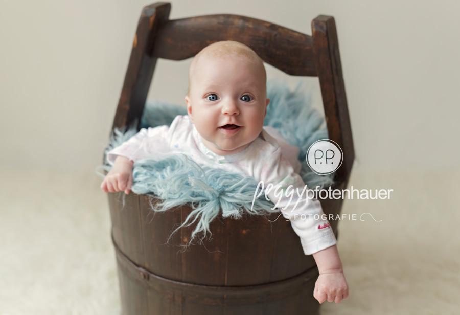 Babyfotograf Bamberg, Babyfotos Erlangen, süße Babyfotos Oberfranken, Babyfotografie Würzburg