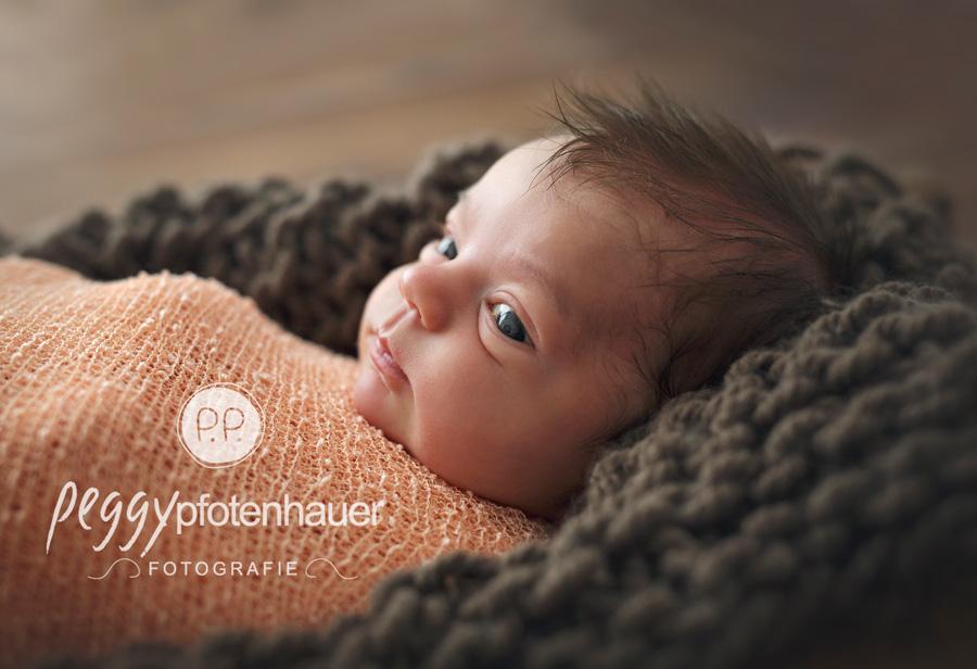 Babyfotograf Bamberg, Fotograf Erlangen, Neugeborenenfotos Schweinfurt, süße Neugeborenenbilder Bamberg, Babyfotograf Erlangen