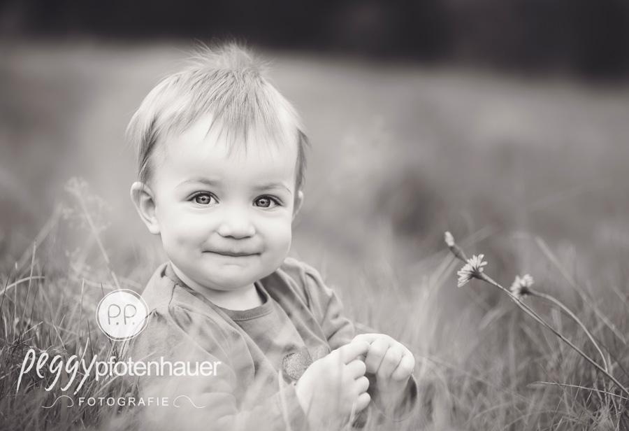 Kinderportraits Bamberg, Kinderfotograf Schweinfurt, Kinderfotos Erlangen, natürliche Kinderfotografie Coburg