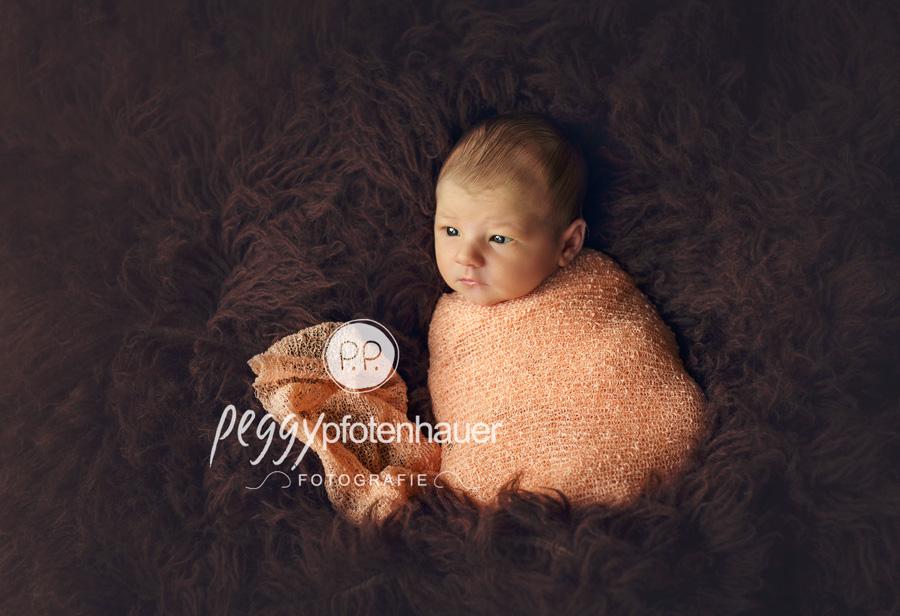 moderne Babyfotos Bamberg, moderne Neugeborenenfotografie Erlangen, Babyfotograf Schweinfurt, Babyfotos Forchheim