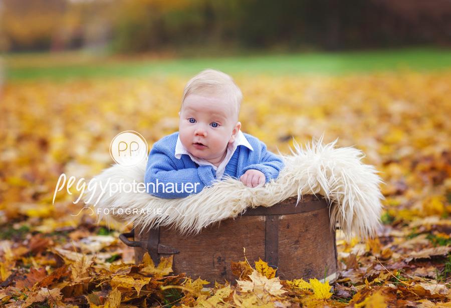 Babybilder Bamberg, Babyfotograf Bamberg, Babybilder in der Natur