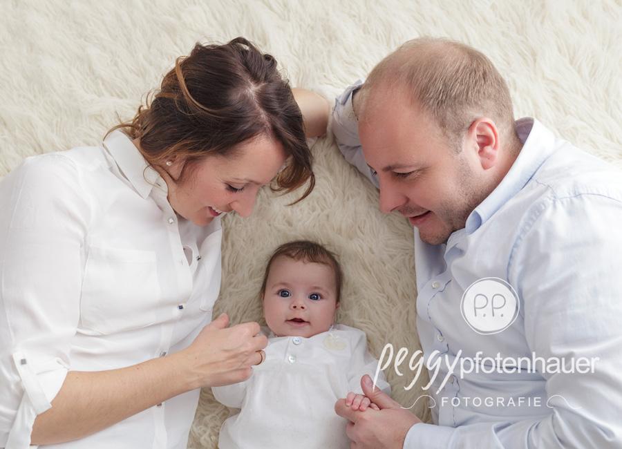 Familienbilder Haßfurt, Familienfotografie Franken, natürliche Familienbilder Oberfranken, Familienfotos Bamberg