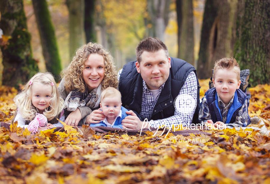Familienfotograf Bamberg, natürliche Familienfotografie, moderne Familienbilder Bamberg, moderne Familienfotografie Franken
