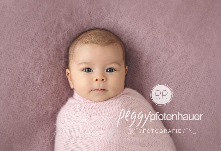 moderne Babyfotos Bamberg, moderne Babyfotografie Erlangen, Babyfotograf Schweinfurt