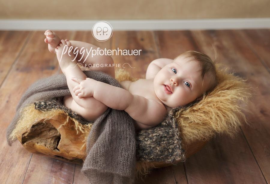 Babyfotograf Bamberg, moderne Babyfotografie Bamberg, Babyfotos Coburg