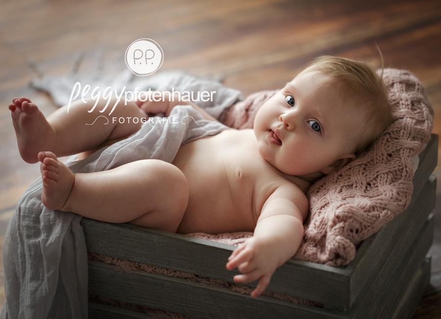 Babyfotos Schweinfurt, Babybilder Bamberg, Babys im Studio fotografieren
