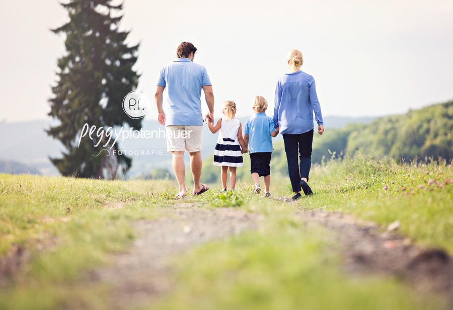 Familienfotografie Bamberg, natürliche Familienfotos Erlangen, Familienfotograf Bayreuth