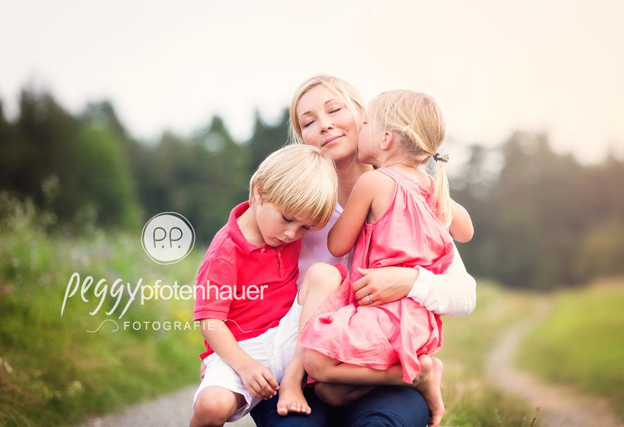 Familienfotoshooting Bamberg, Familienfotograf Erlangen, natürliche Familienbilder Bayreuth