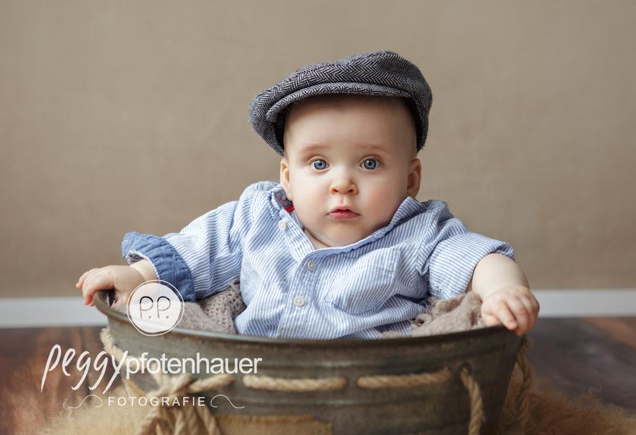 niedliche Babyfotos Bamberg, Babyfotograf Erlangen, Babyfotografie Oberfranken, moderne Babyfotos Würzburg