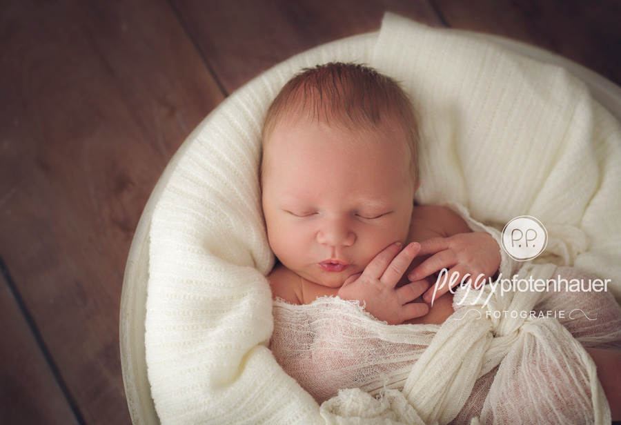 Babyfotograf Bamberg, niedliche Babyfotos Bayreuth, Babyfotografie Bamberg