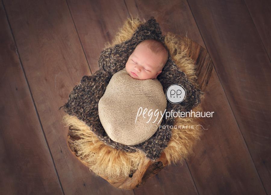 Babyfotografie Schweinfurt, neugeboren in Würzburg, Neugeborenenfotos Bamberg, zauberhafte Neugeborenenbilder Würzburg