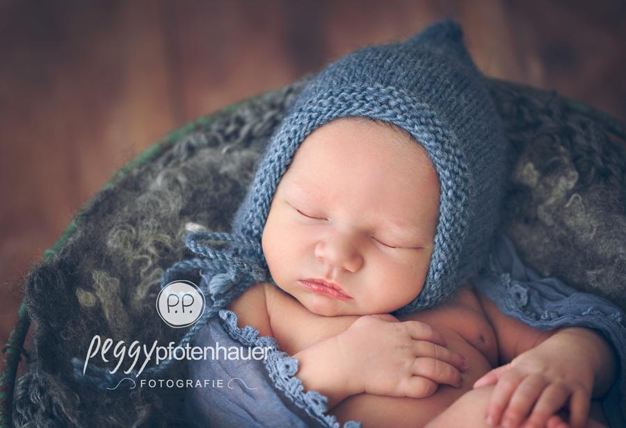 niedliche Neugeborenenbilder Bamberg, Babybilder Schweinfurt, Babyfotograf Erlangen