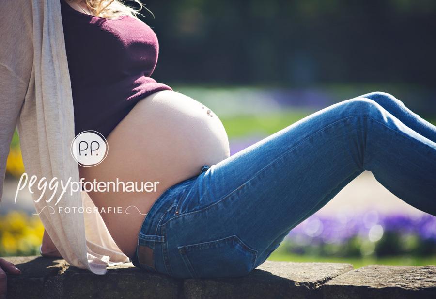 Babybauchfotos im Freien, Babybauchbilder Bamberg