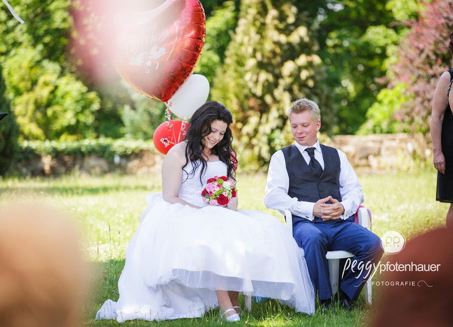 Hochzeitsbilder Erlangen, Hochzeit im Freien, Hochzeitsfotograf Bamberg, Hochzeitsreportage Oberfranken, Hochzeitsfotografie in Bamberg