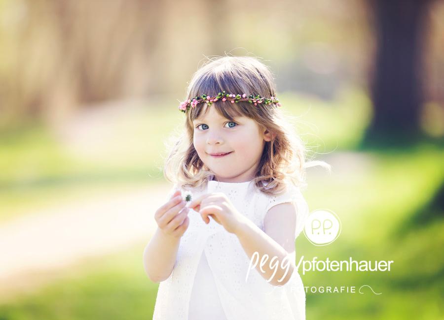 Kinderportraits Bamberg, Kinderfotograf Erlangen, Kidsfotos outdoor