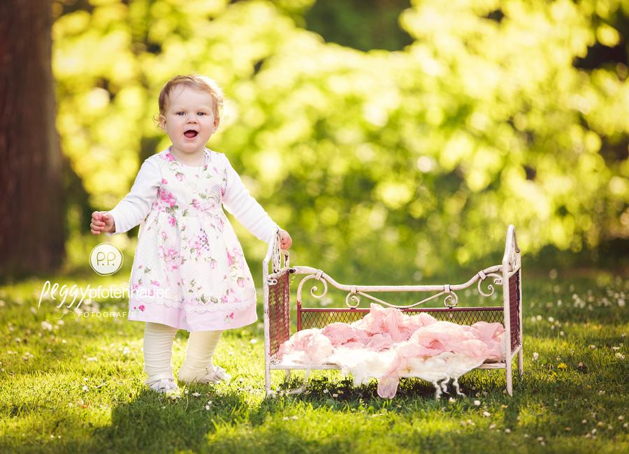 Babyfotos in der Natur Oberfranken, Kinderbilder Coburg, Kinderfotograf Erlangen