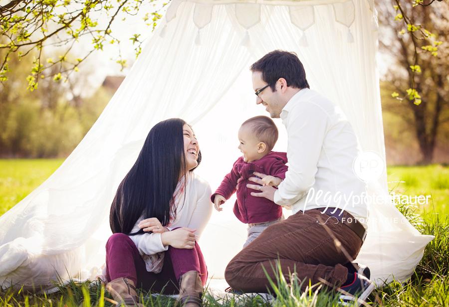 Familienfotografie Bamberg, Familienbilder Erlangen, Familienfotograf Schweinfurt, natürliche Familienfotos Bayreuth
