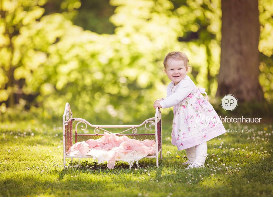 natürliche Babybilder Bamberg, Babyportraits Bayreuth, Babyfotografie Bamberg, Babyfotos in der Natur