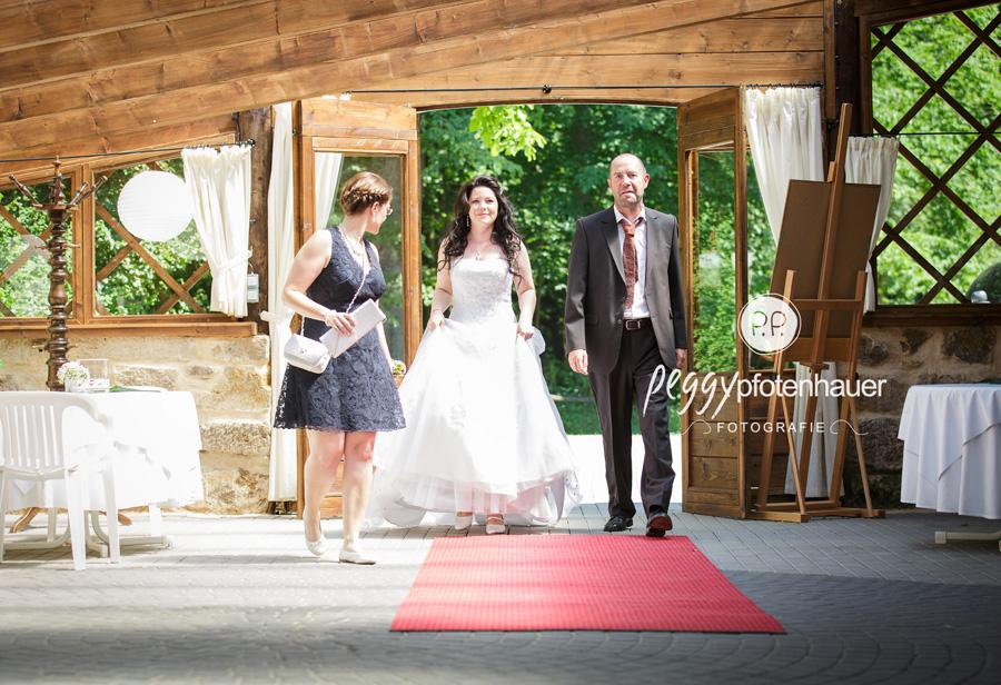 stilvolle Hochzeitsfotos Bamberg, Hochzeitsfotos im Reportagestil