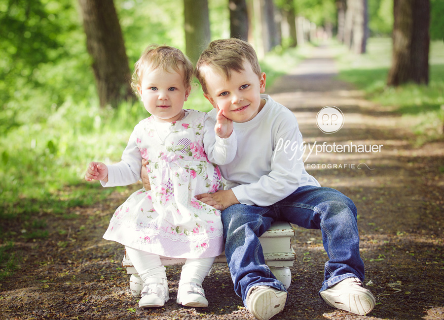 zauberhafte und natürliche Kinderfotos Bamberg, Kinderbilder Schweinfurt, natürliche Kinderfotografie Bamberg, Kinderfotografie Bayern, ungezwungene Kinderportraits Coburg