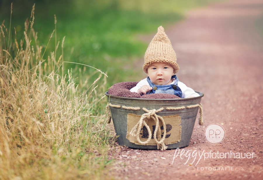 Babyfotograf Bamberg, Babyfotos in der Natur bei Bamberg