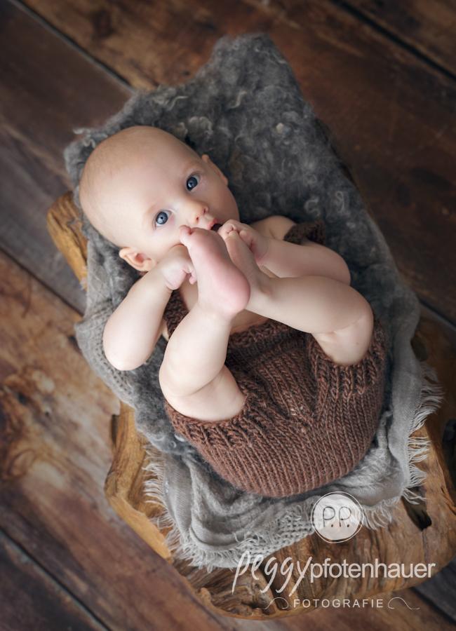 Babyfotos im Studio bei Bamberg