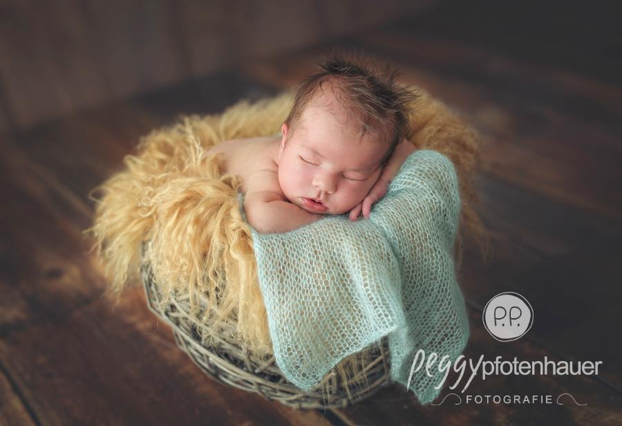 Neugeborenenfotografie Bayern
