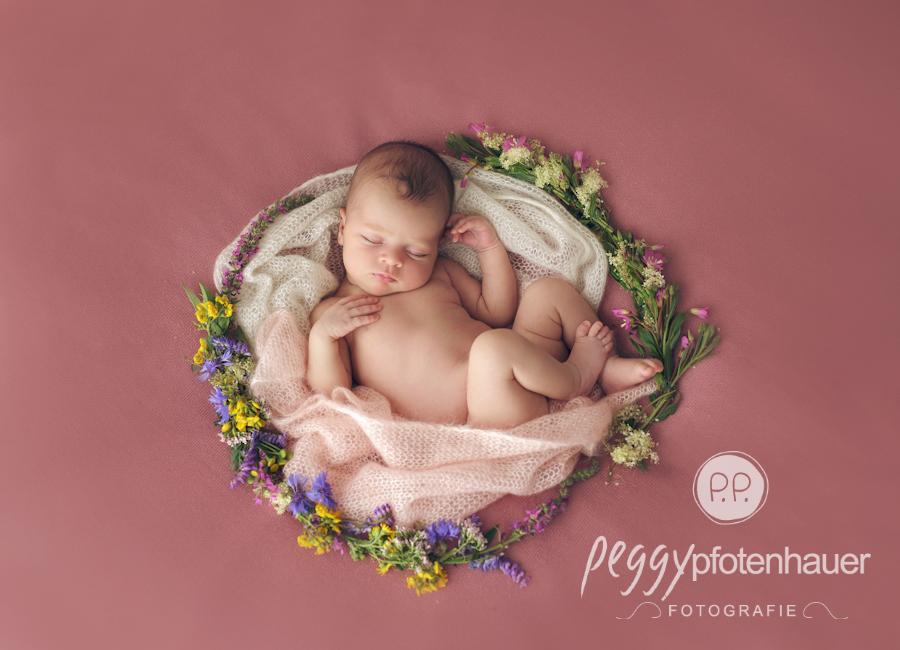 babyfotos-coburg-neugeboren-in-coburg