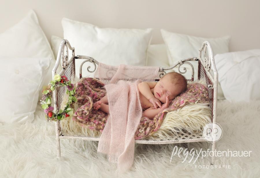 babyfotograf-bamberg-neugeborenenfotos-erlangen-neugeboren-in-bamberg