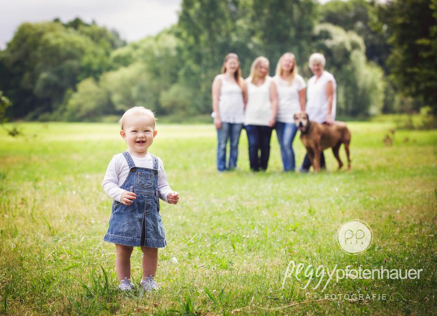 naturliche-familienbilder-bamberg-familienfotos-franken