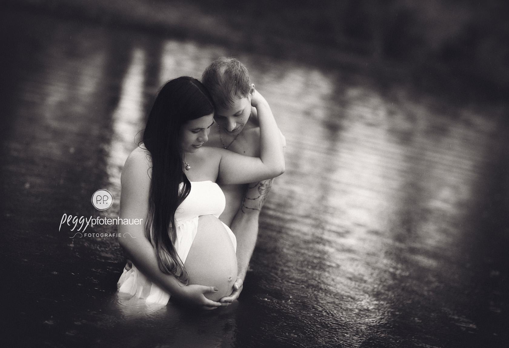sinnliche Schwangerschaftsbilder Bamberg Peggy Pfotenhauer Fotografie