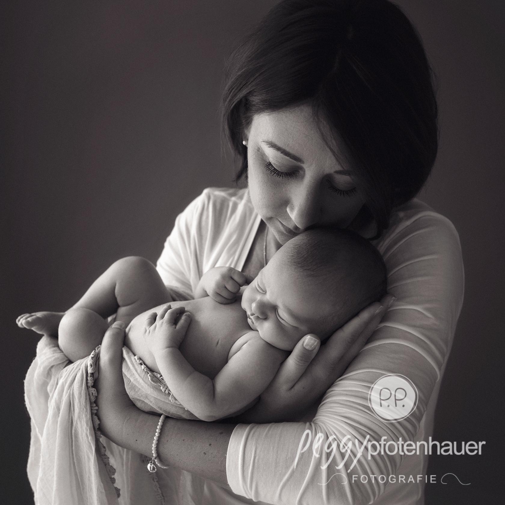 Babyfotograf Haßfurt Peggy Pfotenhauer Fotografie