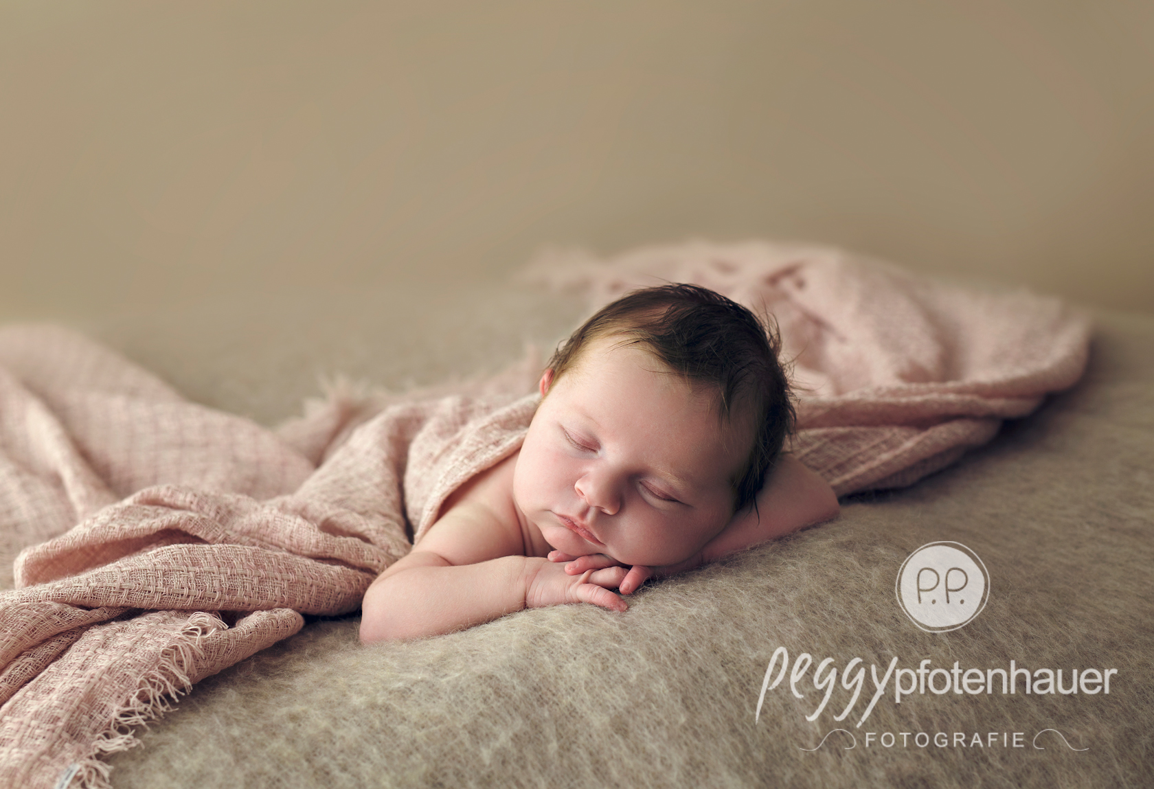 newbornfotograf bayern